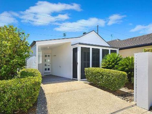 6B Rinca Place, Parrearra, Qld 4575