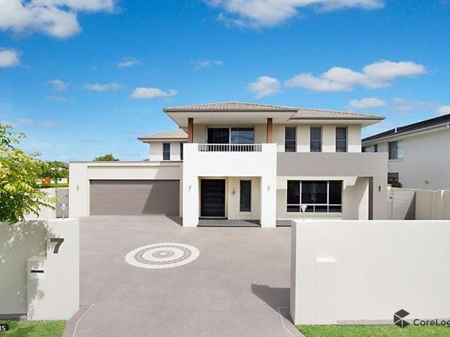 """7 Edgewater Place, """"Serenity Shores"""", Helensvale, Qld 4212"""