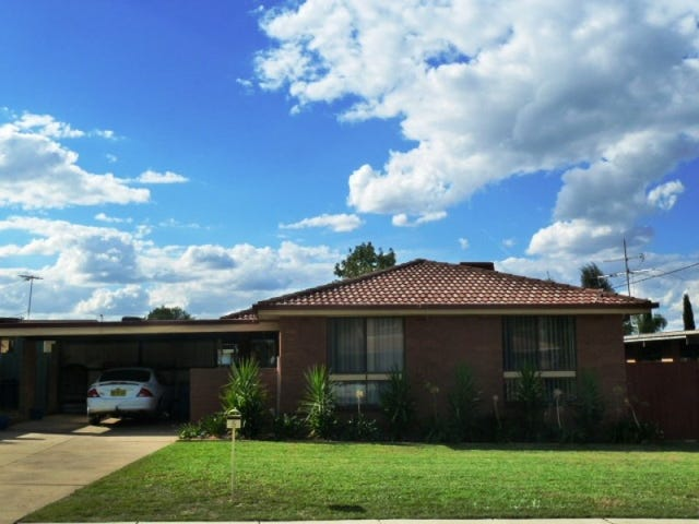 5 Hume Street, Lake Albert, NSW 2650