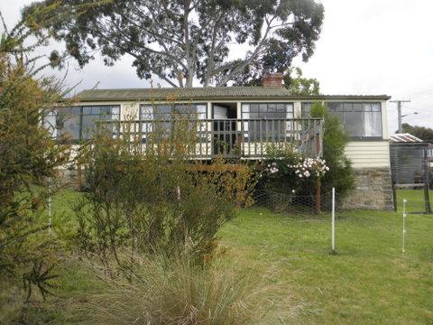 2 Blanche Avenue, Blackmans Bay, Tas 7052