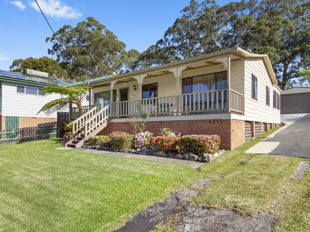 21 Cornfield Parade, Fishermans Paradise, NSW 2539