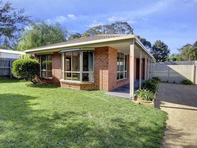 17 Cook Avenue, Rosebud, Vic 3939
