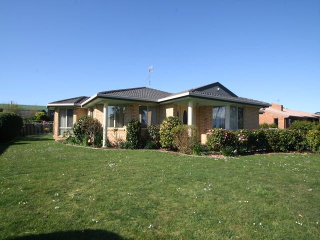 8 Golf Links Road, Wynyard, Tas 7325