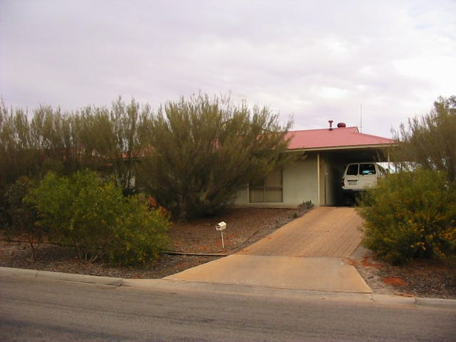 10 FINNISS STREET, Roxby Downs, SA 5725