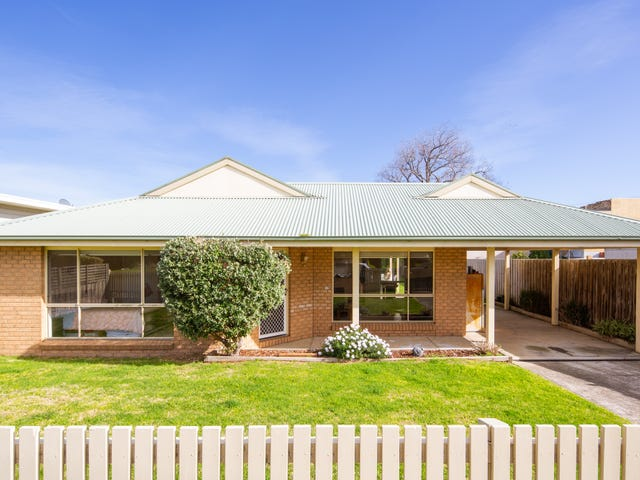 21 Edgar Road, San Remo, Vic 3925