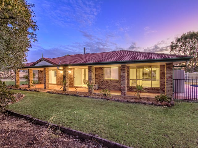 953 Middle Road, Peak Crossing, Qld 4306