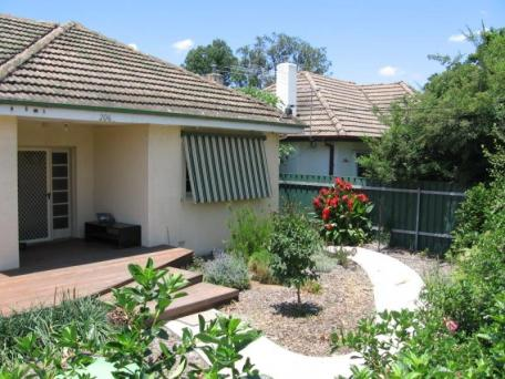 206 Olive Street, Albury, NSW 2640