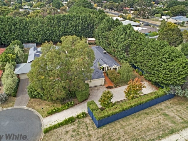 2 Garden Place, Romsey, Vic 3434