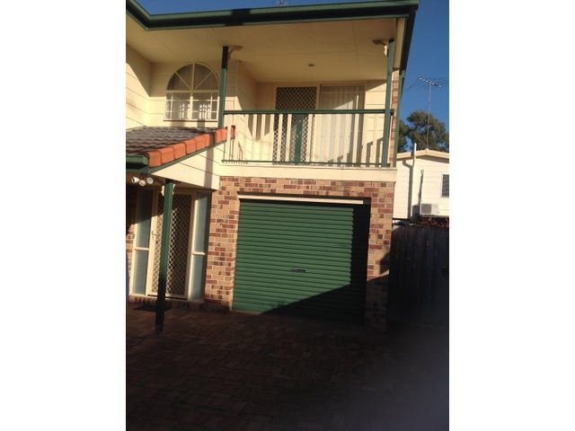2/58 Margaret Street, Southport, Qld 4215