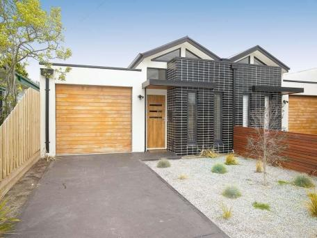2/52 Field Avenue, Edithvale, Vic 3196