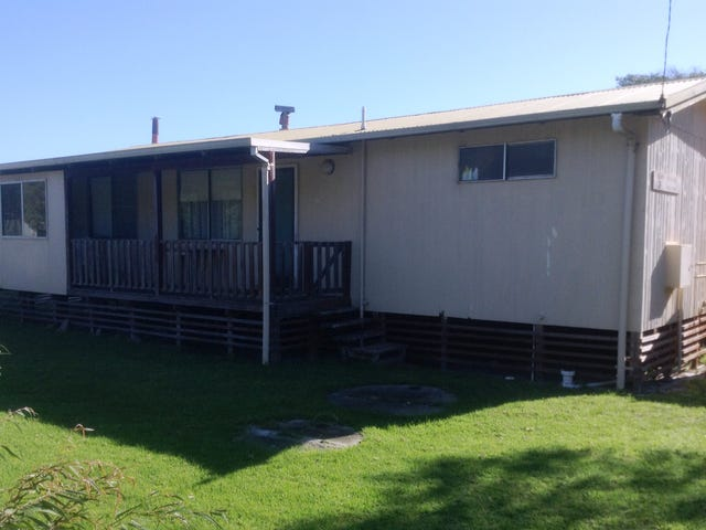 21 Fifth Ave, Peaceful Bay, WA 6333
