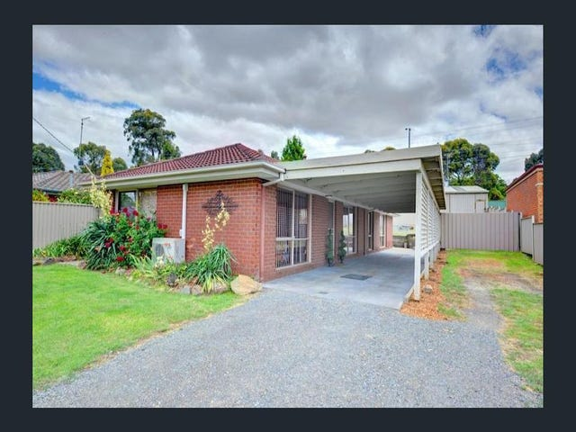 8 Melvyn Crescent, Mount Clear, Vic 3350