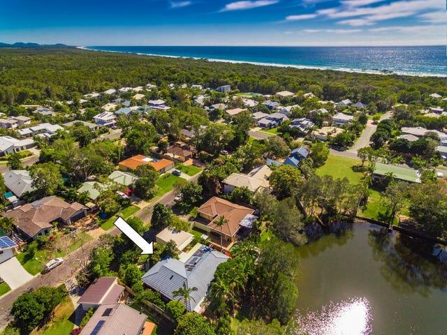 6 Barkala Court, Ocean Shores, NSW 2483