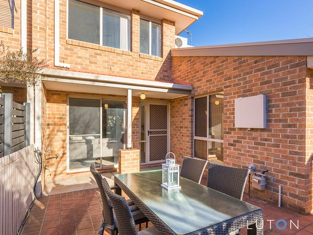9 Brooker Street, Bonython, ACT 2905