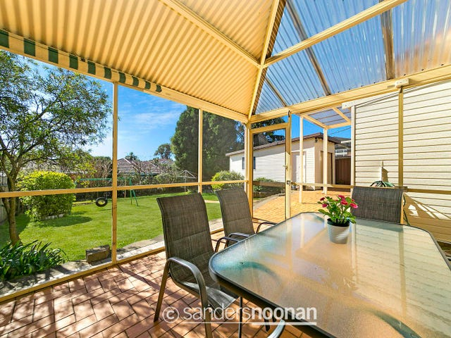 52 Henry Lawson Drive, Peakhurst, NSW 2210
