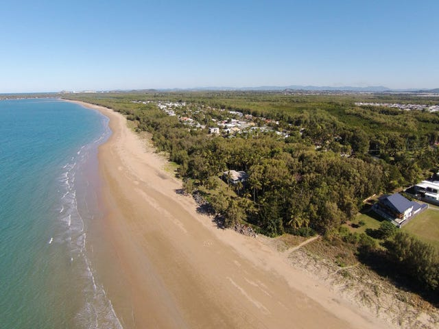 2 Blacks Beach Road, Blacks Beach, Qld 4740