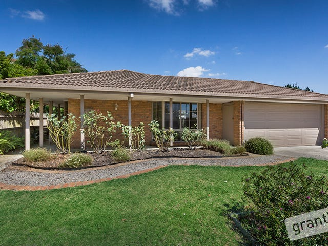 17 Golf Links Road, Berwick, Vic 3806