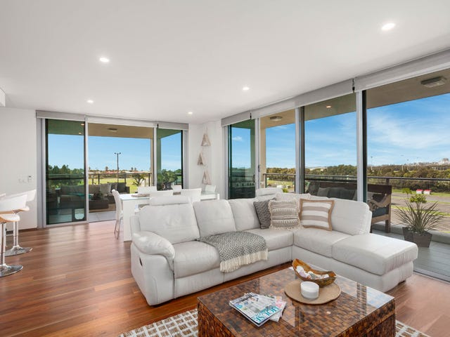 302/3 Grand Court, Fairy Meadow, NSW 2519