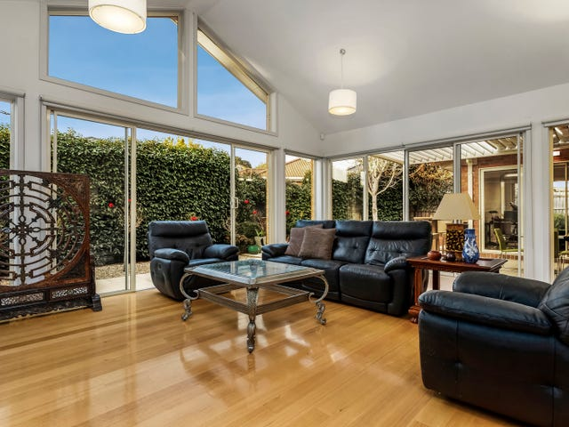 2 Olympian Avenue, Mount Waverley, Vic 3149