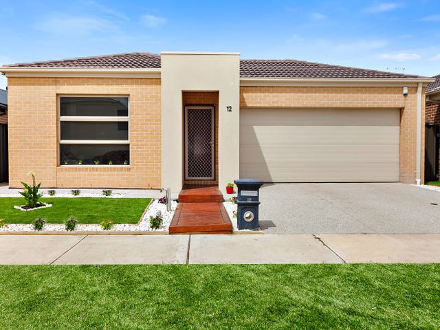 12 Shamrock Way, Truganina, Vic 3029