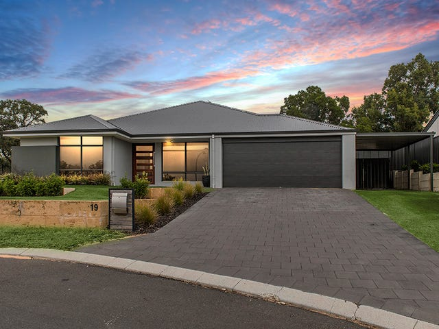 19 Milligan Avenue, Australind, WA 6233