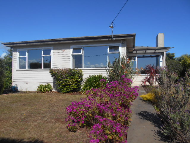 10 Highview Crescent, Devonport, Tas 7310
