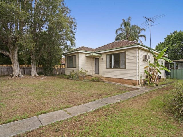 3 Cambridge Street, Ingleburn, NSW 2565