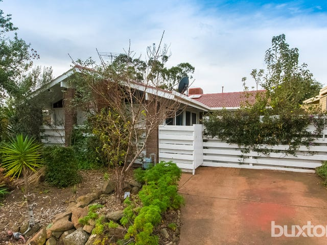 11 Carnarvon Drive, Grovedale, Vic 3216