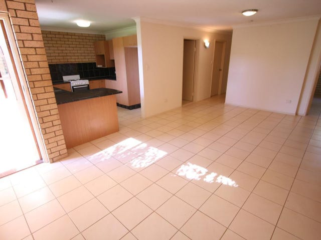 5/53 'Zoradia Court' Duet Drive, Mermaid Waters, Qld 4218