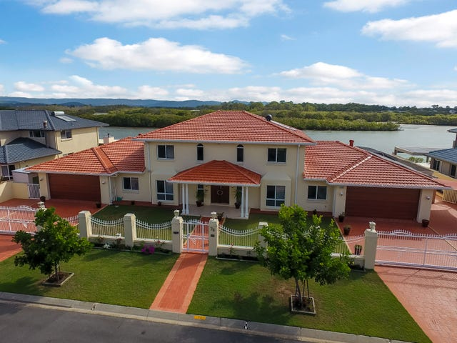 76-78 Tradewinds Avenue, Paradise Point, Qld 4216