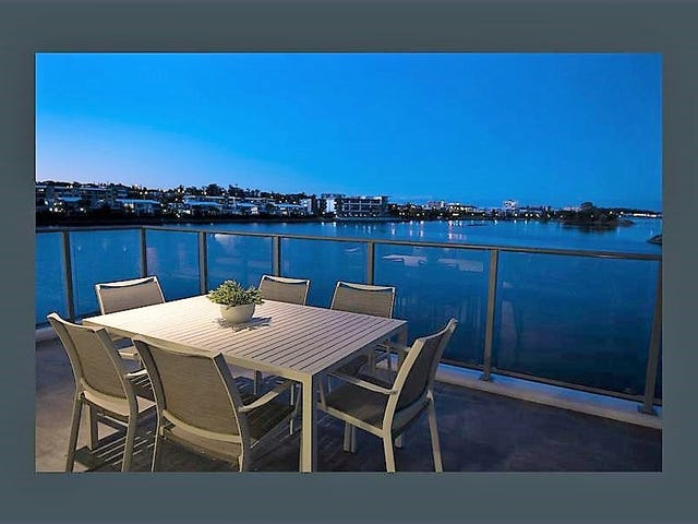 2BED,2CAR,WATERFRONT/397 Christine Avenue, Varsity Lakes, Qld 4227