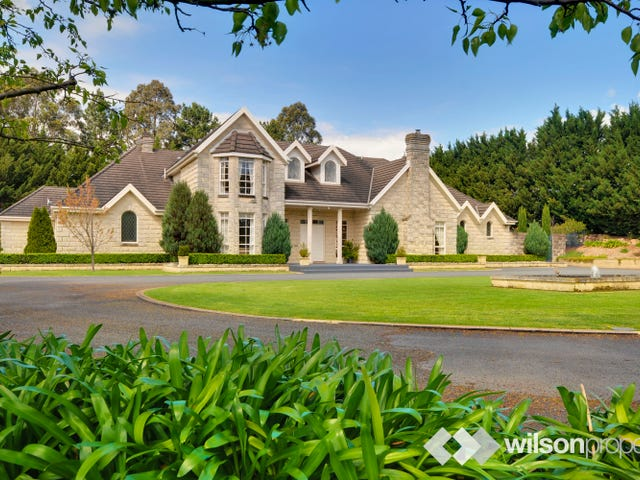35 Hoven Drive, Traralgon, Vic 3844