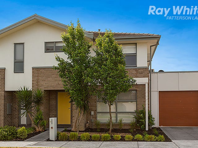 11 Jubilee Boulevard, Waterways, Vic 3195