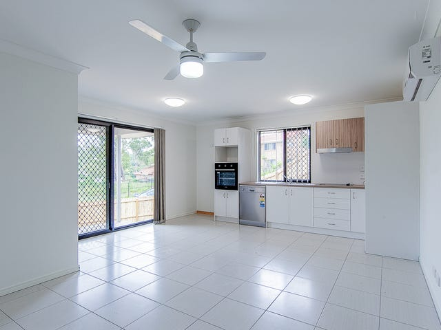 2/12 Lane Court, Mount Warren Park, Qld 4207