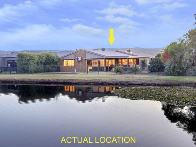 12 Lakeview Drive, Safety Beach, Vic 3936