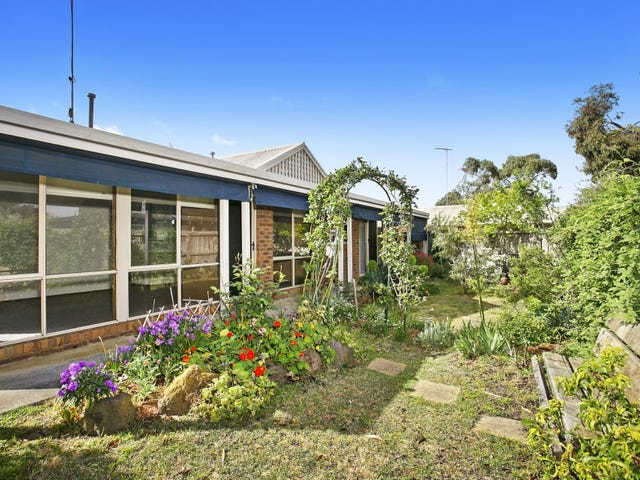 1/5 Stringy Bark Place, Ocean Grove, Vic 3226