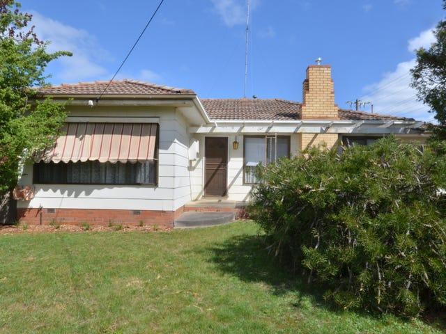 23 Pauls Crescent, Wendouree, Vic 3355
