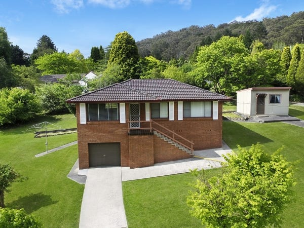 48 Oxley Drive, Bowral, NSW 2576
