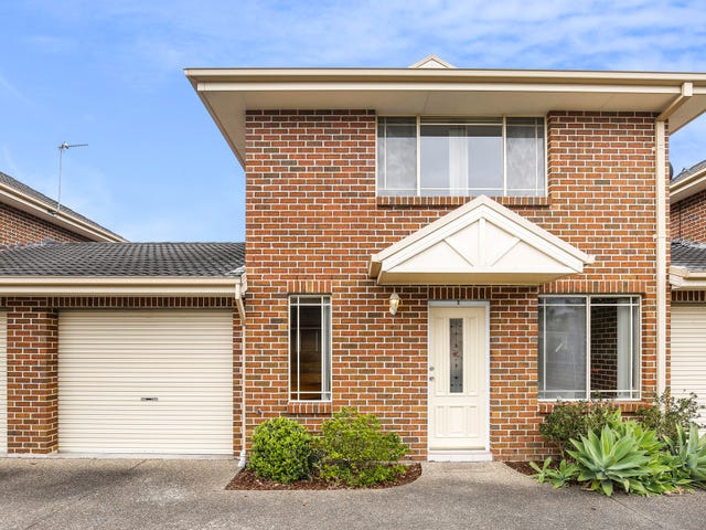 2/10 Platypus Close, Figtree, NSW 2525