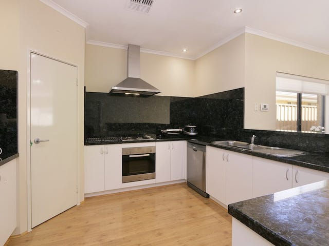 92 Amherst Road, Canning Vale, WA 6155