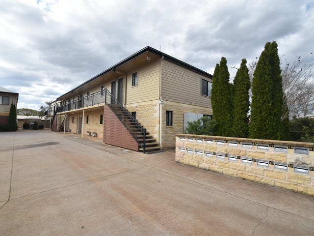 9/1-3 Uniplaza Court, Kearneys Spring, Qld 4350