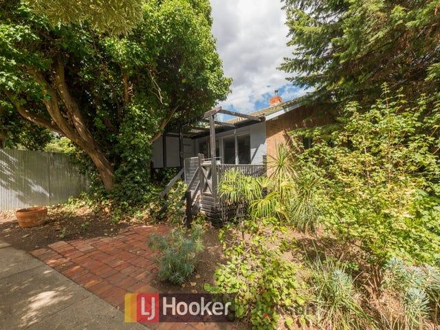 17 Haddon Street, Hackett, ACT 2602