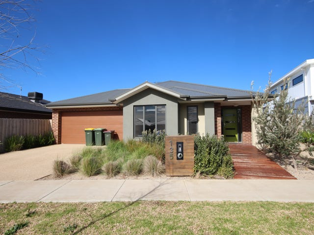 135 Warralily Boulevard, Armstrong Creek, Vic 3217