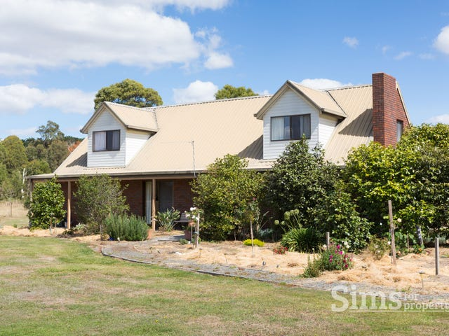 35 Calverts Lane, Gravelly Beach, Tas 7276