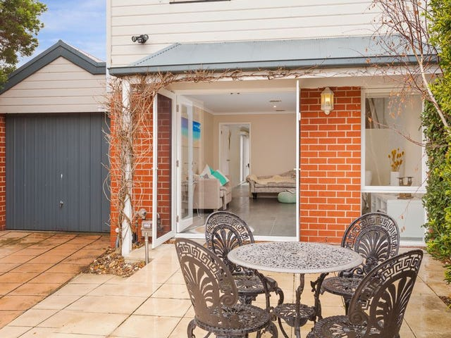 10 Mary Court, Mornington, Vic 3931