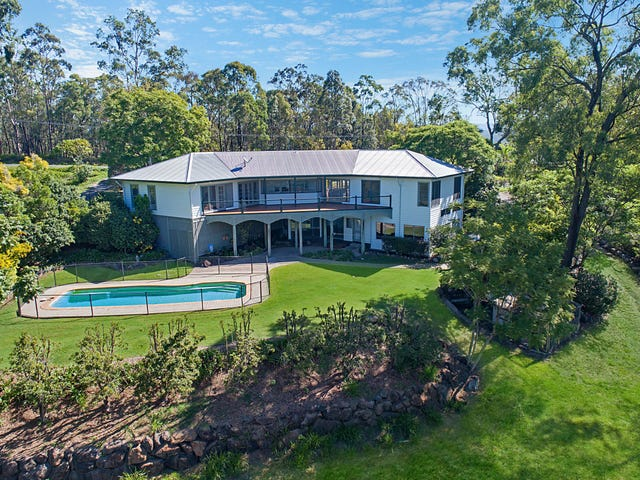 72 Castle Hill Drive South, Gaven, Qld 4211