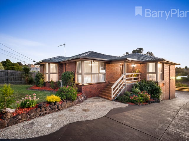 49 Country Club Drive, Chirnside Park, Vic 3116