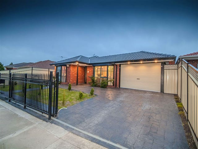 7 Gunbower Crescent, Meadow Heights, Vic 3048