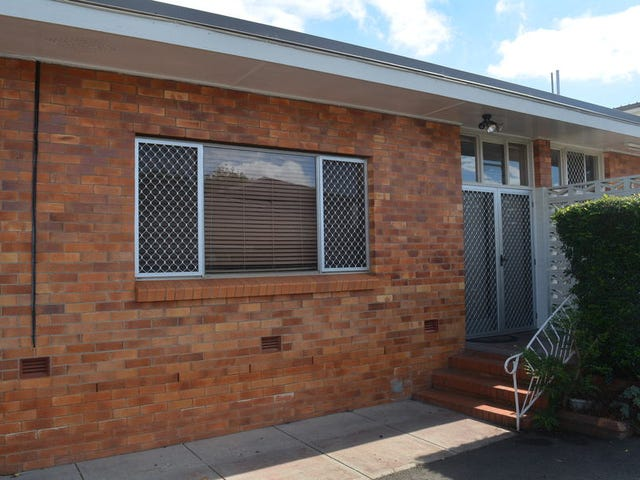 2/122a Russell Street, Toowoomba City, Qld 4350