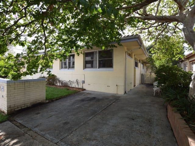 2/193 Albany Street, Point Frederick, NSW 2250